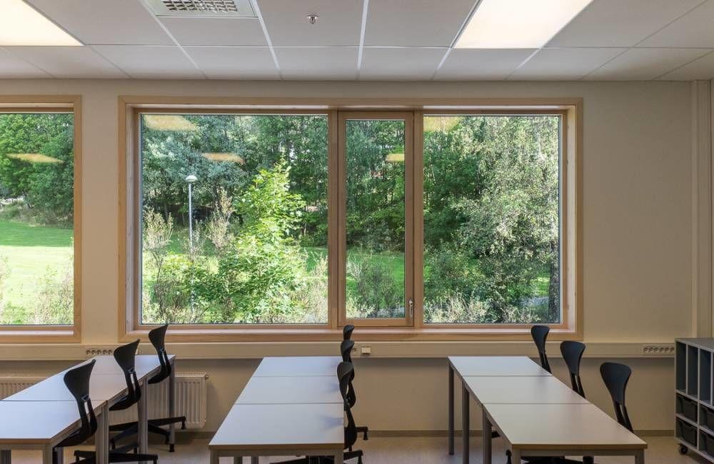Rykkinn skole har gode dagslysforhold. Foto: Tove Lauluten