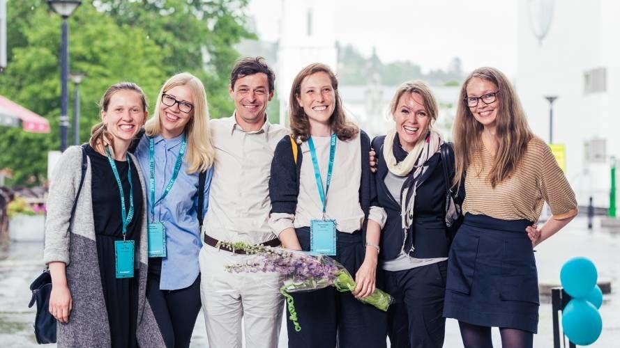 Glade vinnere av OBOS-konkurransen med prosjektet Våronna nabolag. Og vinneren er...Helen & Hard. Foto: Geir Anders Rybakken Ørslien.