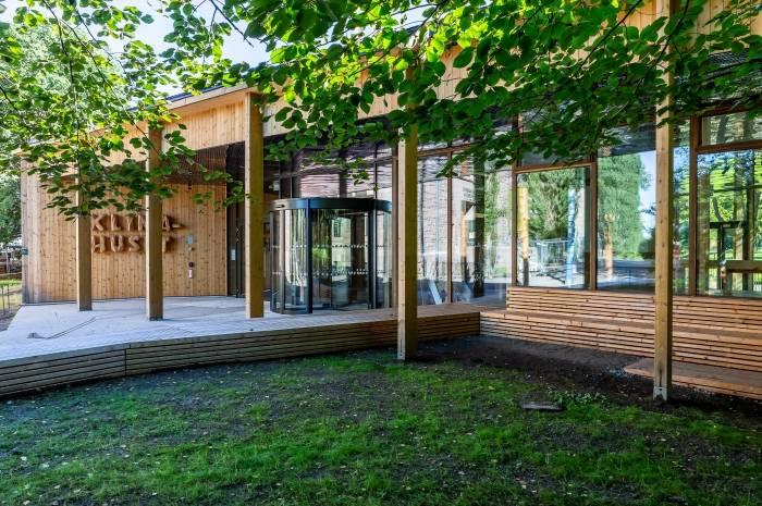 Nå har du mulighet til å høre om bygget og se utstillingen i det splitter nye Klimahuset. Foto: Tove Lauluten