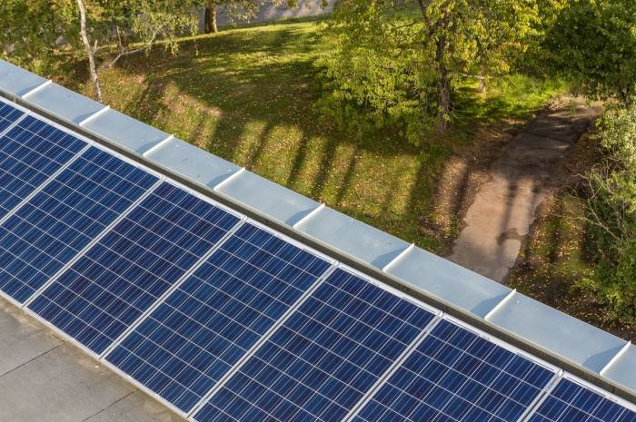 Solceller Økern sykehjem foto Tove Lauluten