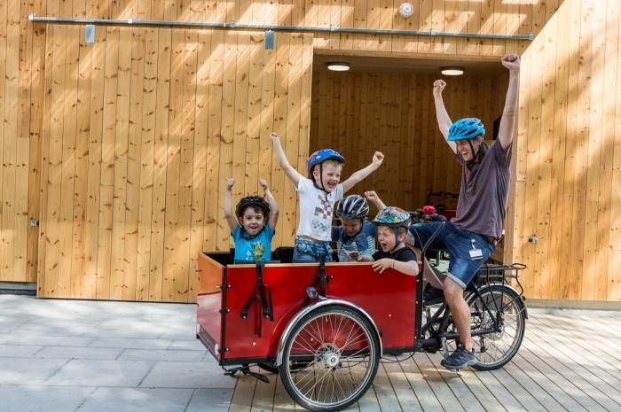 Kistefossdammen barnehage satser på sykling! Foto: Tove Lauluten