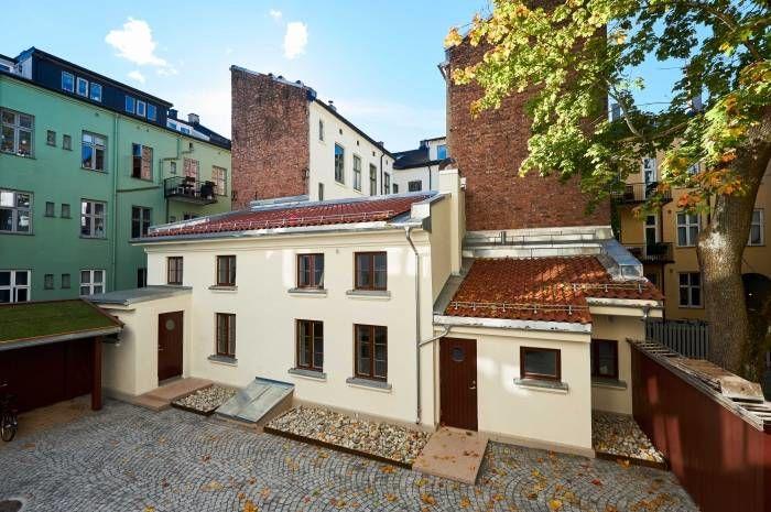 Nå kan du besøke Bergsliens gate som Boligbygg nylig har rehablitert. Foto: Eivind Røhne